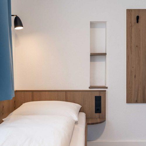 Villa Flöckner Salzburg - Hotel Zweibettzimmer Bett
